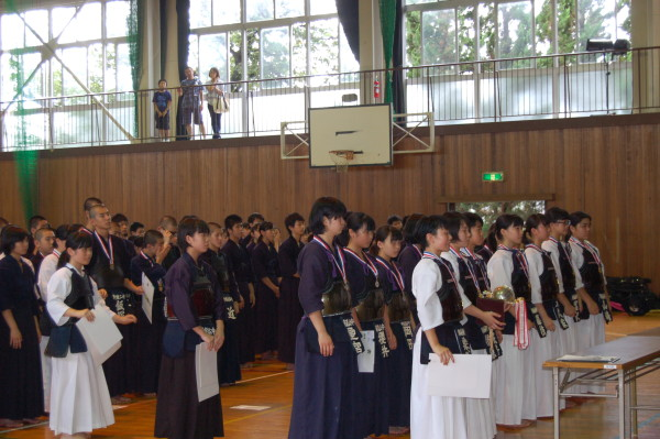 女子団体戦表彰